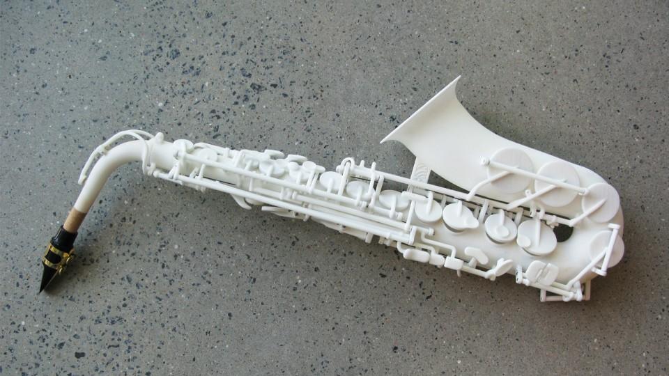saxofon-impreso-3d-960x623